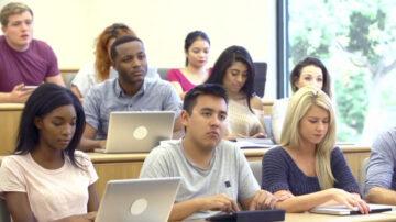 加州拟要求UC系统 外州生国际生录取减半