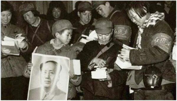 人到中年后 方知崇拜毛泽东是多么荒唐可笑