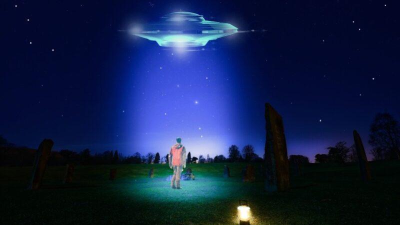 前美軍高官曾6上外星人飛船 還住了6週