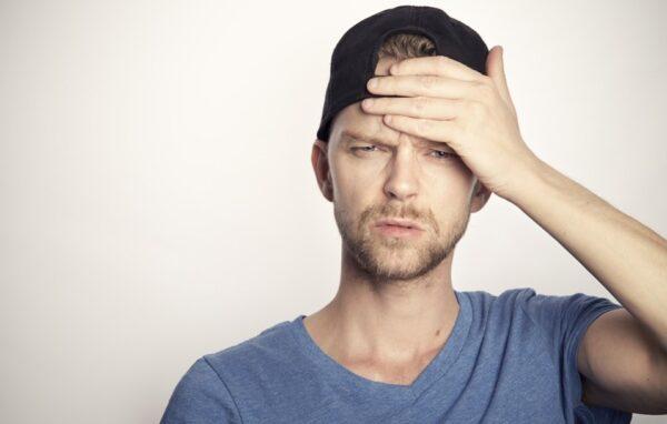 腦袋光禿是否象徵智慧 如何預防脫髮?