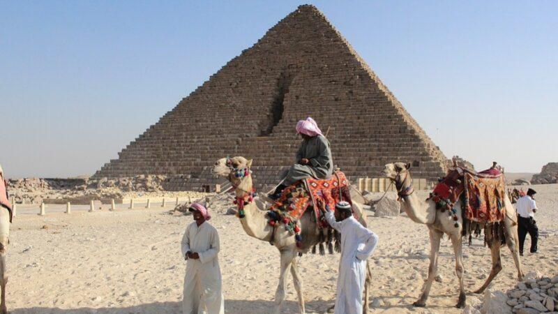 古埃及迷宫和24个神秘巨石箱子