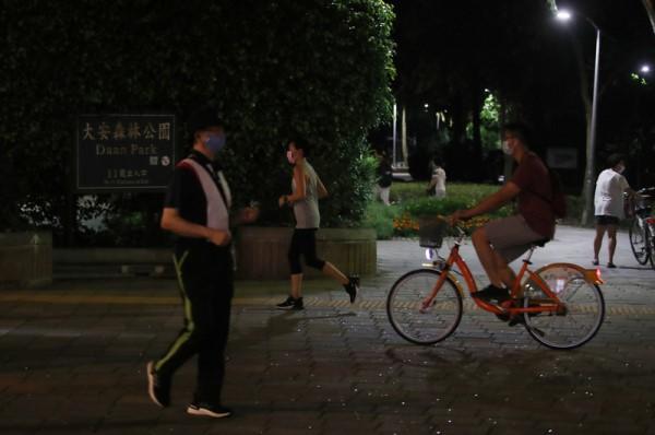 戴口罩跑步 高市男昏倒緊急送醫脫險