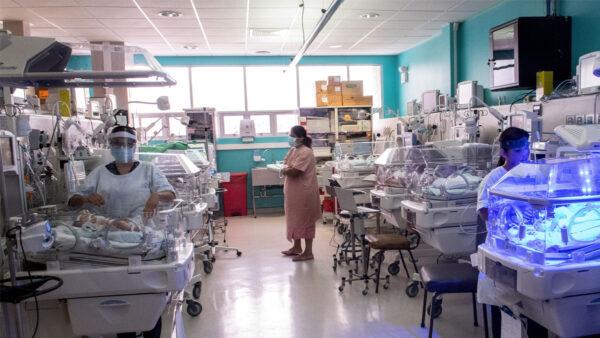 火箭弹不断 以色列医院将新生儿转移到防空洞