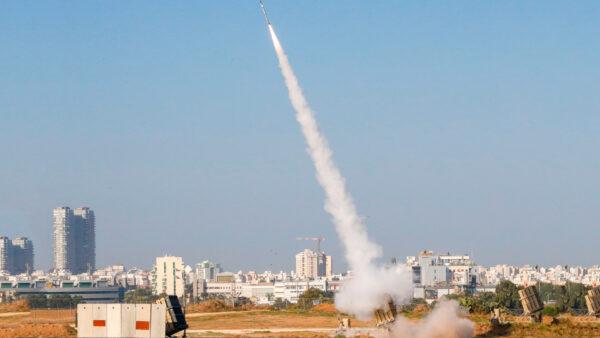 冲突扩大到海域 以向加沙发射精确制导导弹(视频)