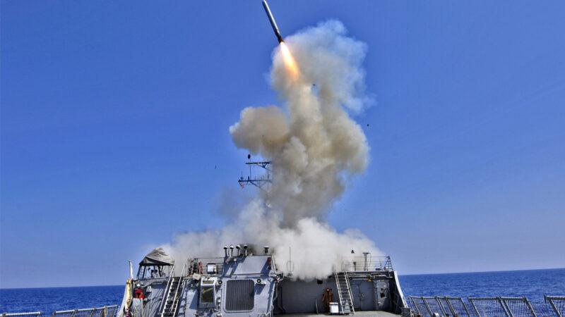 无人战术车配备反舰导弹 美海军陆上打击海上目标