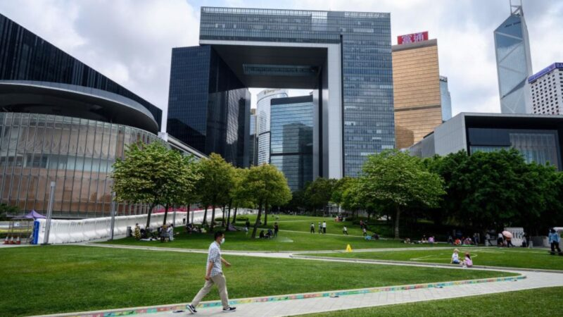 香港通過議員宣誓效忠法案 26區議員辭任