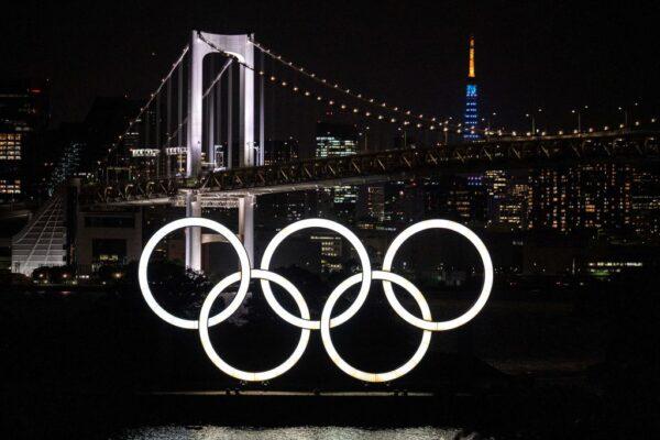 奥运优先?日本多地取消圣火传递 菅义伟不松口