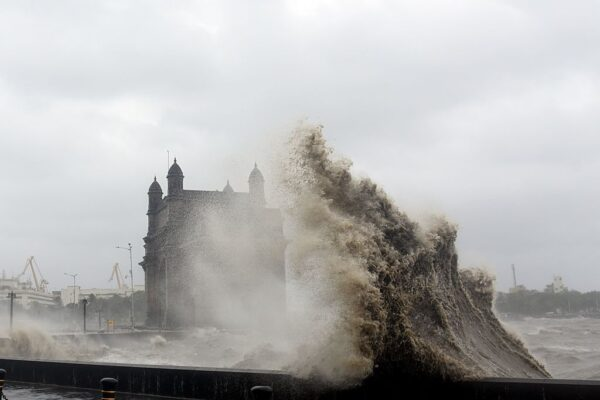 雪上加霜 強烈氣旋襲印度 至少33死逾90人失蹤