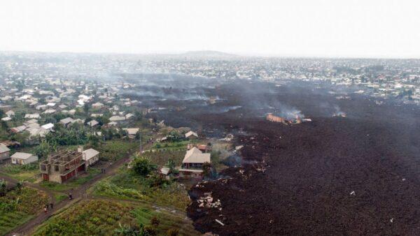 火山喷发余震近300次 民主刚果居民再度撤逃(视频)