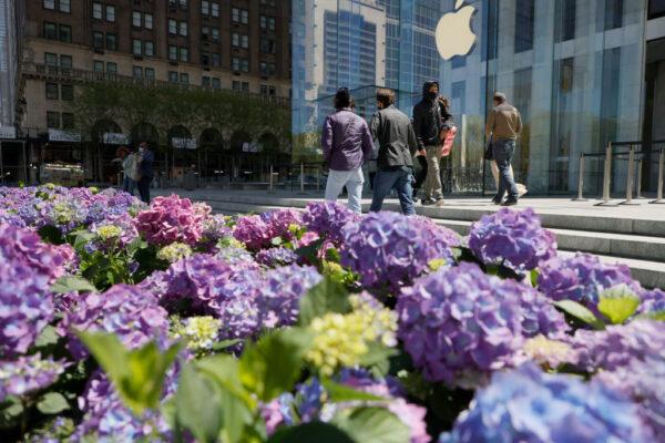 美媒批蘋果屈從中共:捍衛人權 還是做賺錢機器?
