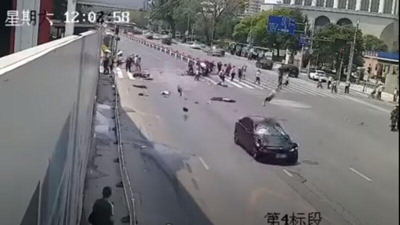 """大连男开车撞人致5死5伤 疑被""""割韭菜""""报复社会"""