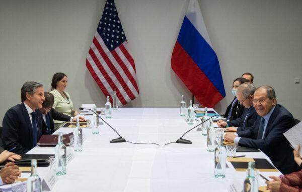 楊威:俄不與中共結盟 不加入中美冷戰 中共忙圓場