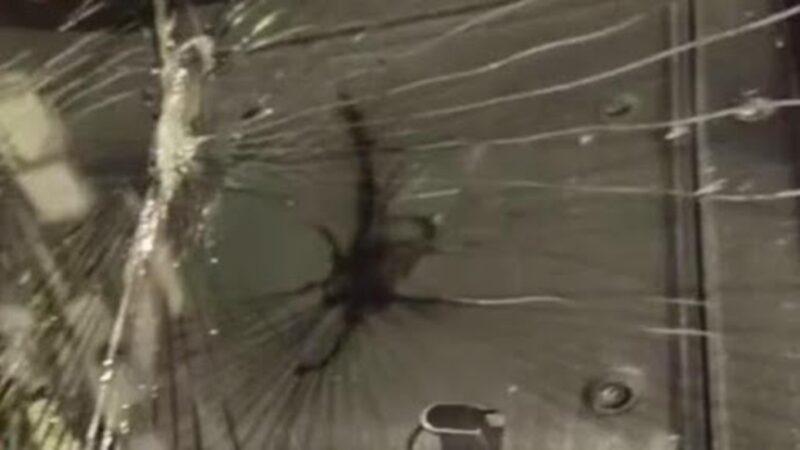 江西客机万米高空惊魂一幕 挡风玻璃破裂起火(视频)