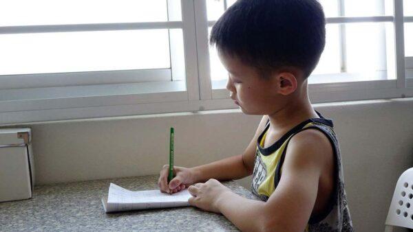 路透:為刺激生育 中共或將整頓課外輔導班