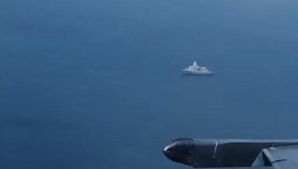 模拟攻击骚扰5小时 俄机低飞逼近荷兰护卫舰