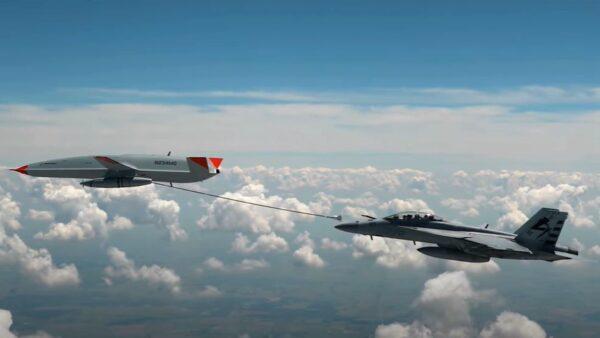 美軍戰機重大突破!用無人機空中加油