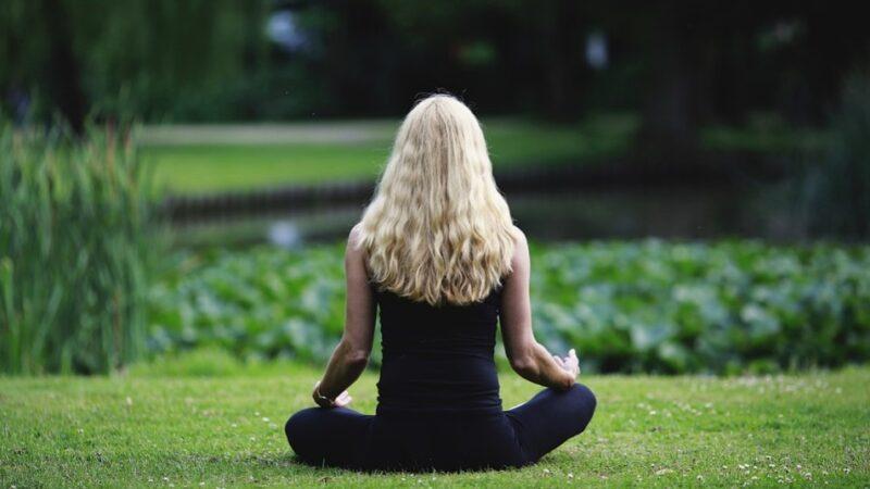 迄今最大研究發現:冥想能增強錯誤辨識力