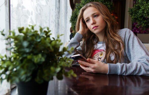 青少年不適合使用智能手機和社交媒體