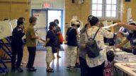 紐約市初選日 法拉盛候選人最後衝刺拉票