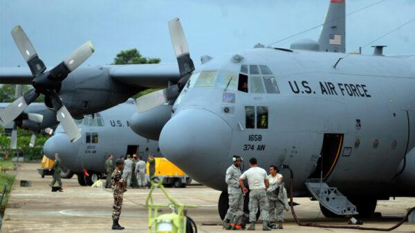 美太平洋空军司令:我与中国人民没矛盾 与中共有