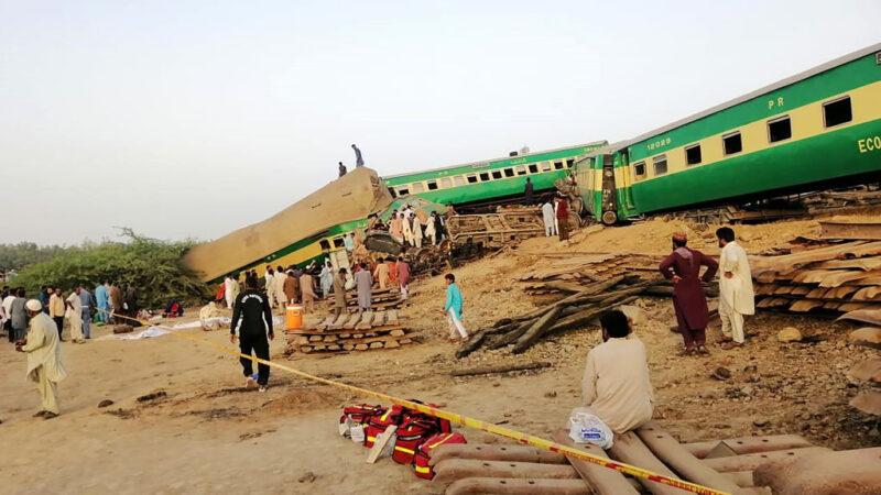 巴基斯坦2列車追撞至少25死
