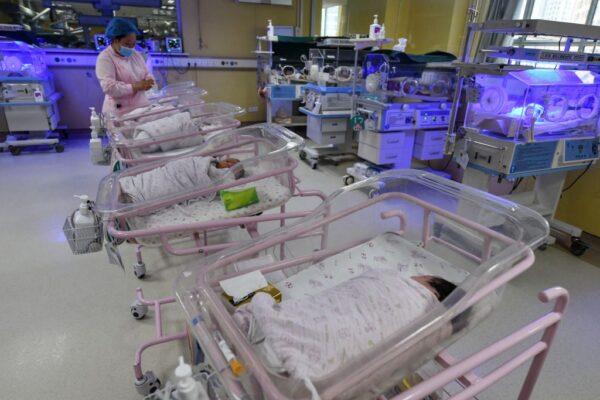 南非妇女生下10胞胎 打破金氏世界纪录