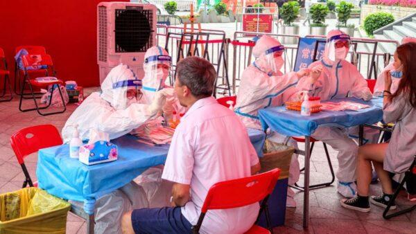 接种2剂中国疫苗仍确诊 深圳机场航班取消