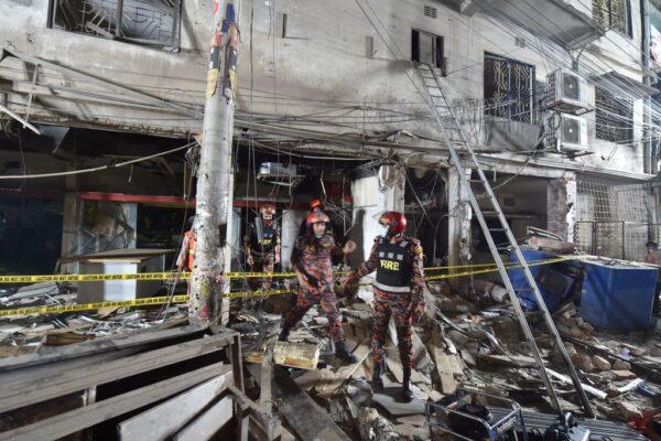 孟加拉首都爆炸 震破行驶中巴士车窗 至少7死50伤