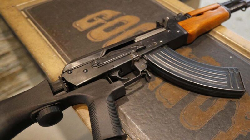 中共赠1万AK-47步枪只适合左撇子 厄瓜多尔用来训练