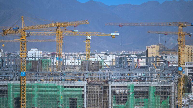 投資、開工、銷售均降 大陸房地產未來咋走?