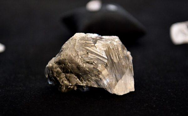 博茨瓦納出土1174克拉巨鑽 全球排名第三