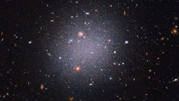 研究發現神祕星系裡沒有暗物質 科學家不解