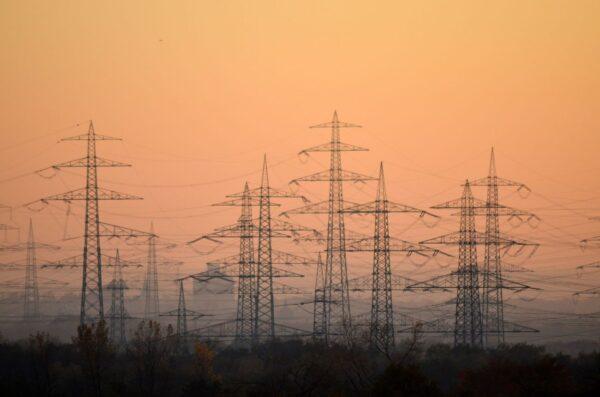 電價上漲成行業共識?網友:搶劫還得冠冕堂皇