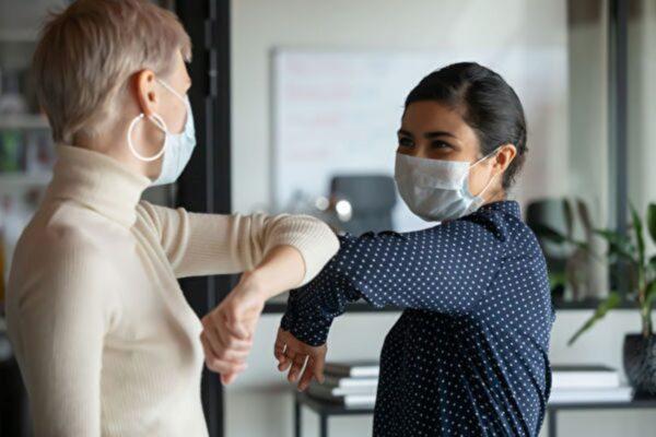 哪種口罩更能擋病毒前FDA官員薦N95
