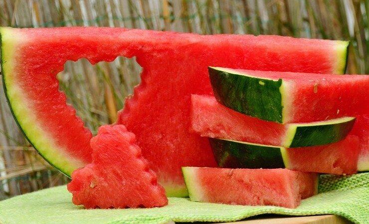 不想皮膚老化出現皺紋 女人少吃4種水果