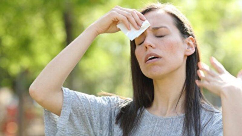 为什么又湿又热的天气令人难受?