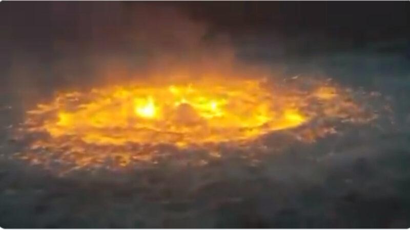 """墨西哥湾天然气管道爆燃 海面""""火眼""""猛烧"""