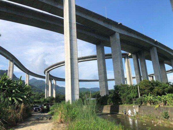 台男走上國道6號「橋聳雲天」 從70米墜落身亡