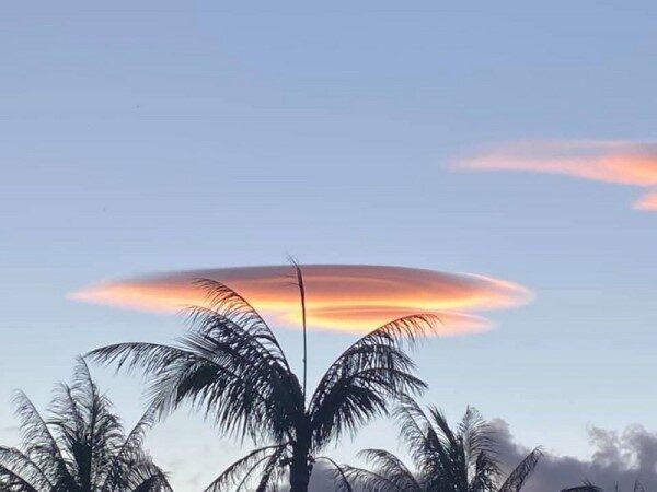 南台湾出现美丽飞碟云 热带低气压可能形成台风