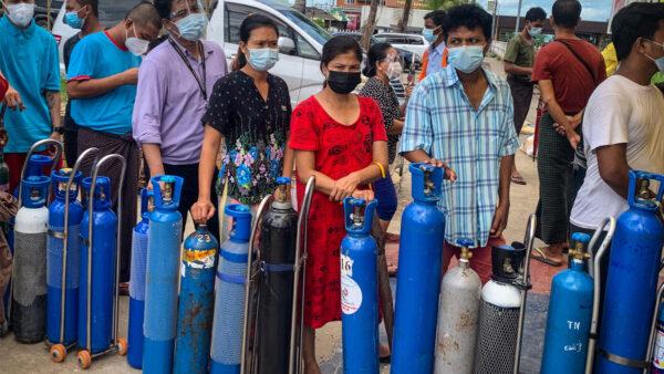 缅甸疫情严峻 军方囤积氧气自保 居民购买遭枪击
