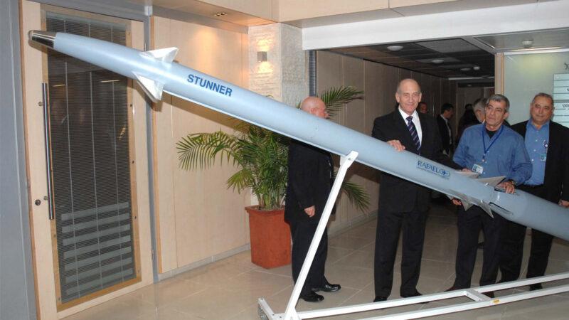 美以将合作制造新远程海基导弹 实现高精确打击