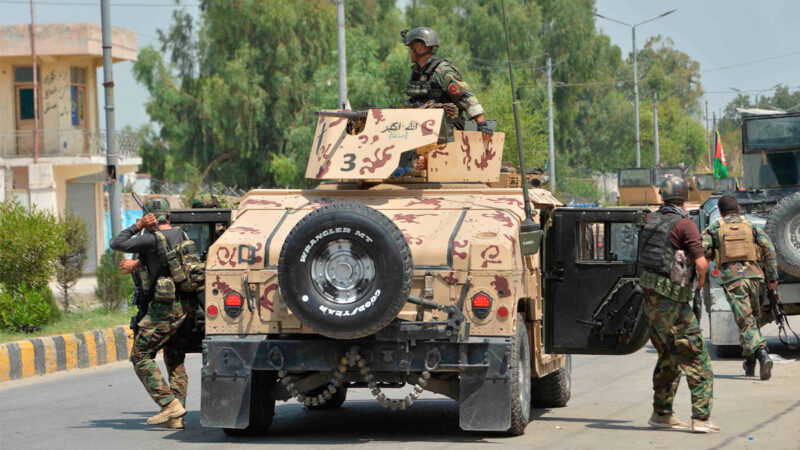 塔利班活动升级 一个月抢政府军700多辆军车