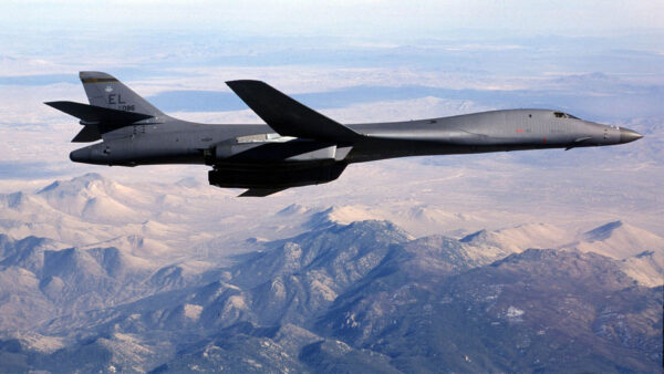 又快又省錢 美空軍找到修復轟炸機新技術
