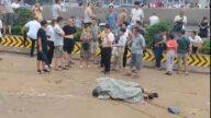 鄭州京廣路隧道數百輛車被淹沒 打撈屍體視頻曝光