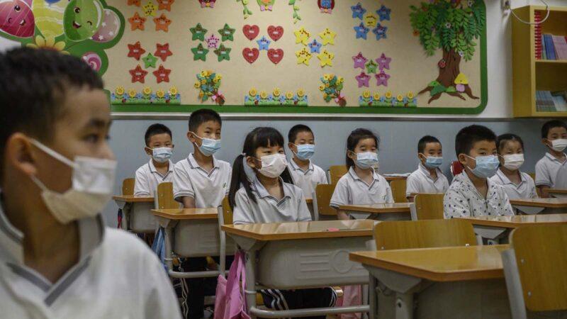 多省变相逼打疫苗 广西3市孩子要上学须全家接种