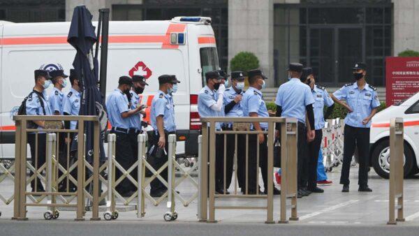 「七一」北京間歇性斷網 當局挨家挨戶搶液化氣罐