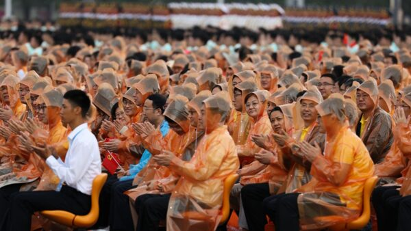 学者揭中国人入党目的:主要为私利