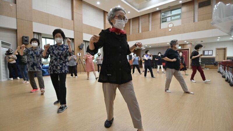 韓疫情新增1378例創新高 首都圈防疫升至最高級