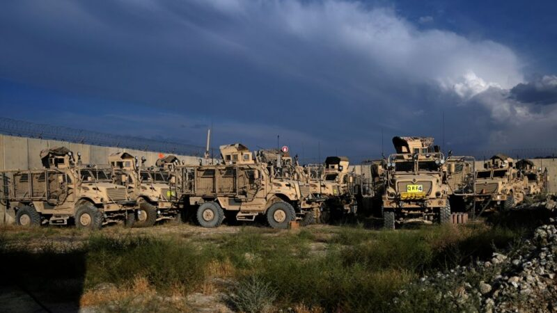 美军撤离阿富汗基地 新指挥官:没通知也没交接