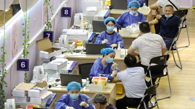 專家:中國疫苗效力太低 盡快施打外國加強針